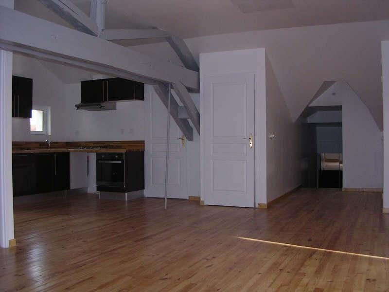 Location appartement Auxerre 740€ CC - Photo 2