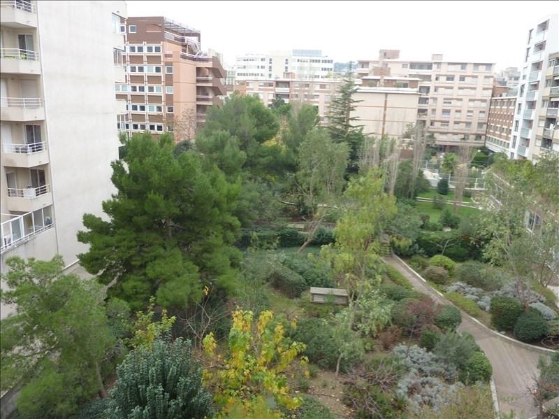 Location appartement Marseille 8ème 750€ CC - Photo 3