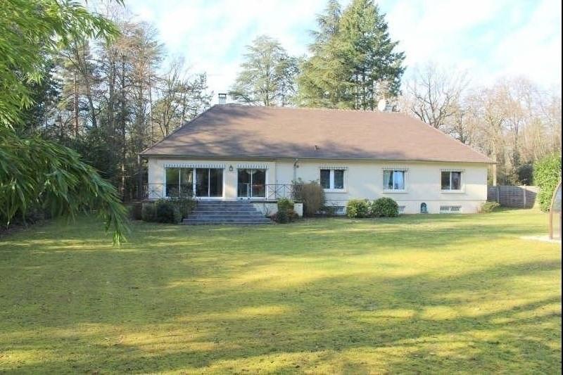 Deluxe sale house / villa Lamorlaye 850000€ - Picture 1