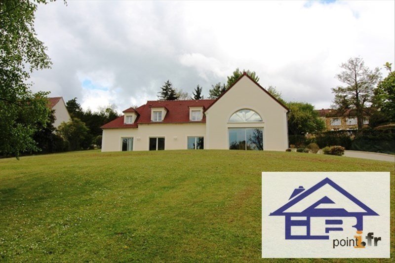 Deluxe sale house / villa Chambourcy 1 460 000€ - Picture 1