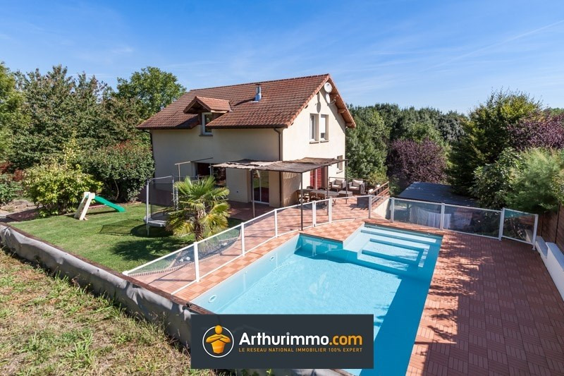 Sale house / villa Morestel 365 000€ - Picture 1