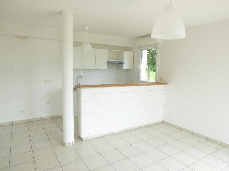 Rental apartment Saint loubes 705€ CC - Picture 4