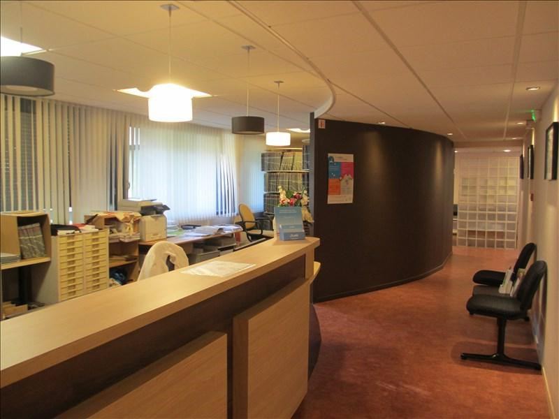 Sale office Annecy 945000€ - Picture 1