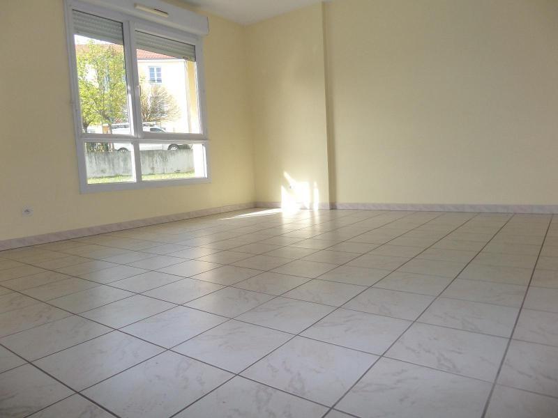 Location appartement Dijon 850€ CC - Photo 1