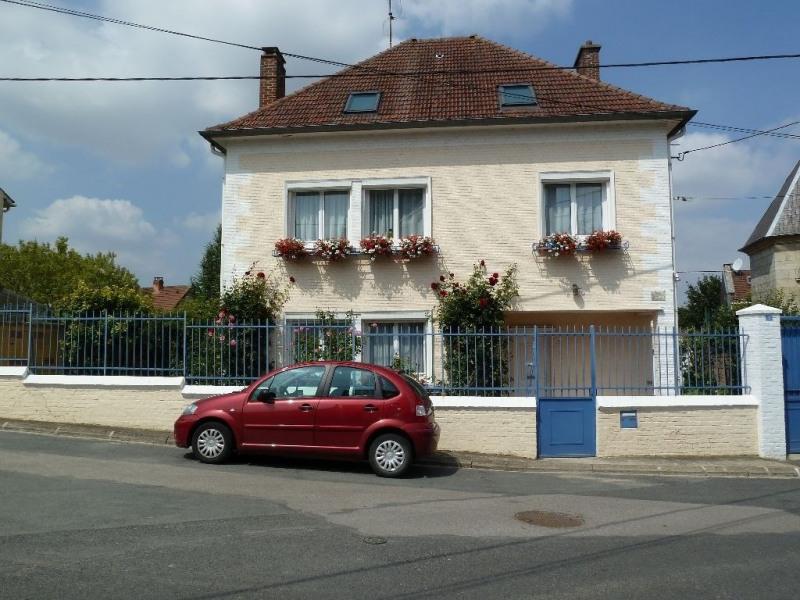 Sale house / villa Breteuil 234000€ - Picture 1