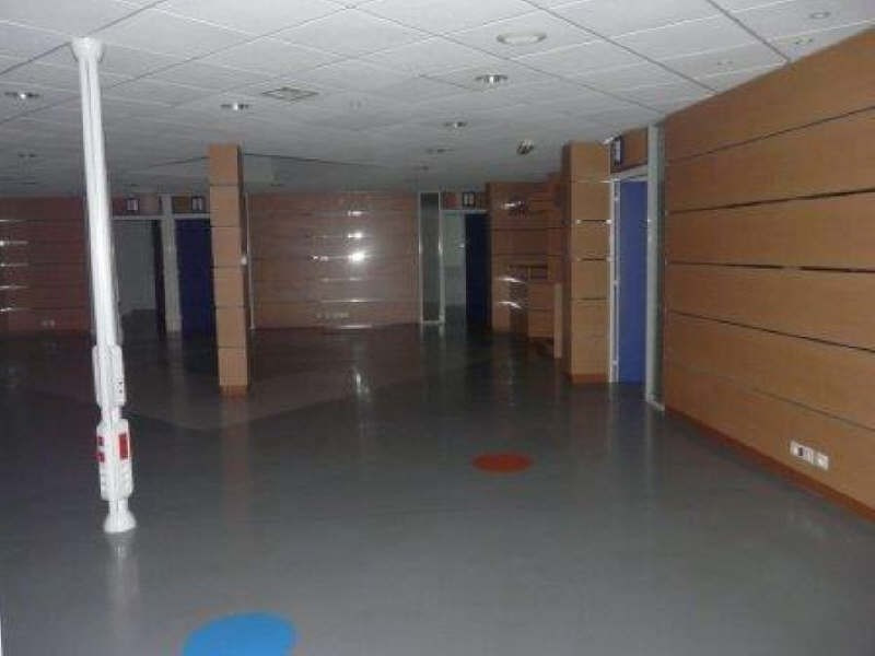 Sale empty room/storage Crepy en valois 470 000€ - Picture 3