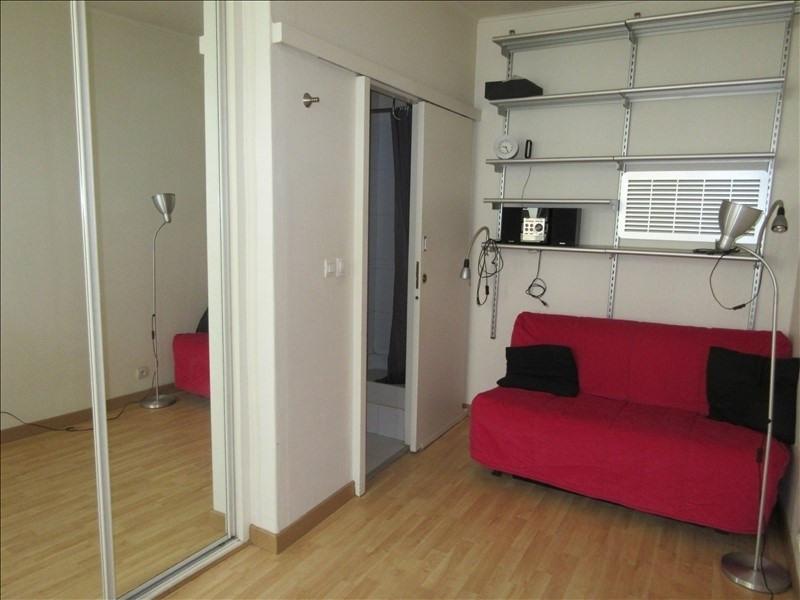 Sale apartment Paris 20ème 163000€ - Picture 2