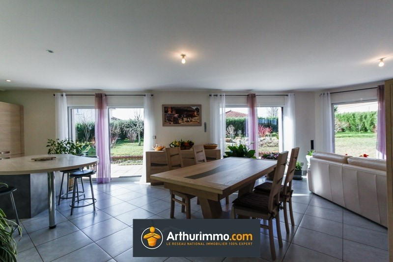 Vente maison / villa Morestel 323000€ - Photo 4