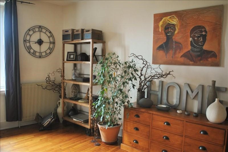 Location maison / villa Renaison 540€ CC - Photo 1