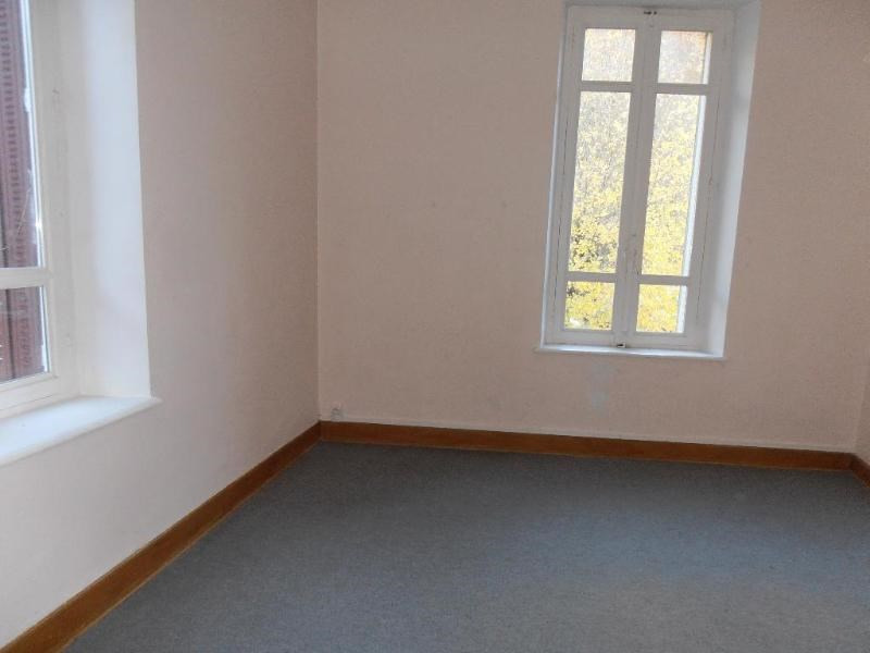 Rental apartment Nantua 425€ CC - Picture 3