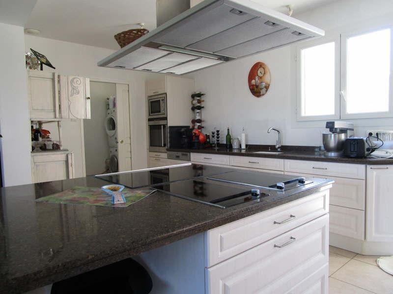 Sale house / villa Blaye 288000€ - Picture 3