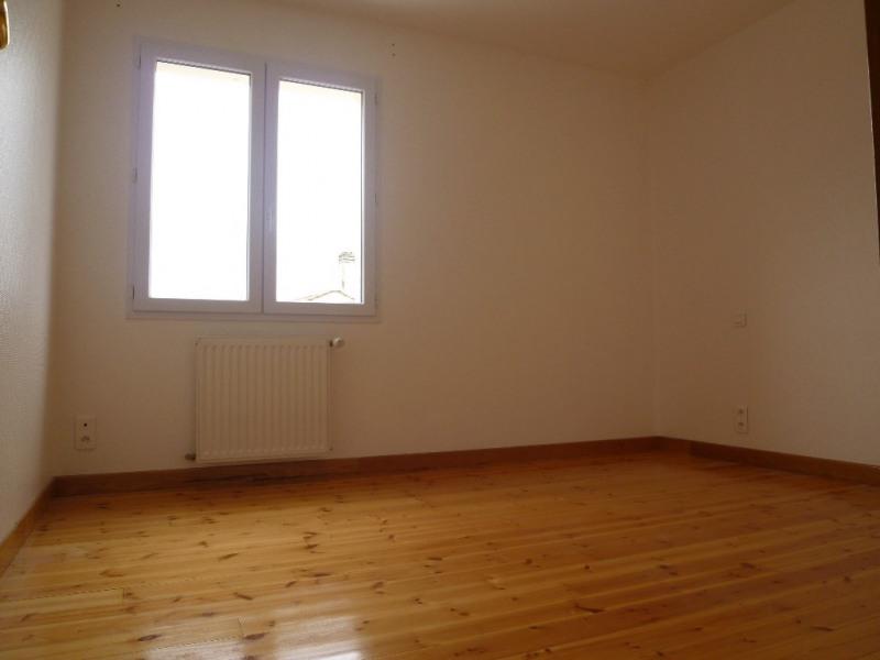Location maison / villa Cognac 825€+ch - Photo 7