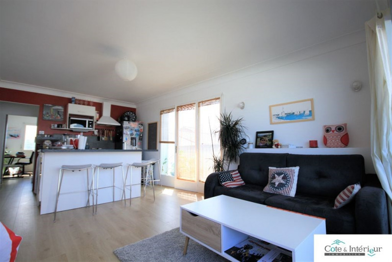 Sale apartment Les sables d olonne 149 000€ - Picture 1