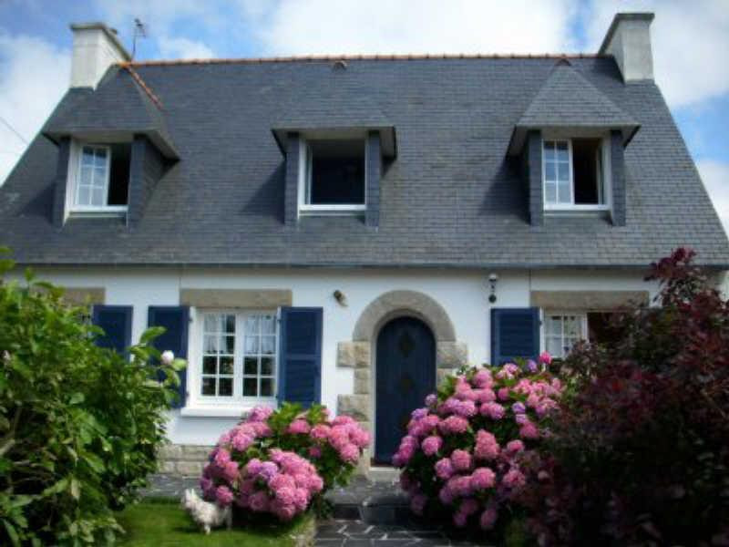 Sale house / villa Pont croix 165 268€ - Picture 1
