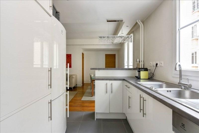 Location appartement Paris 17ème 2250€ CC - Photo 6