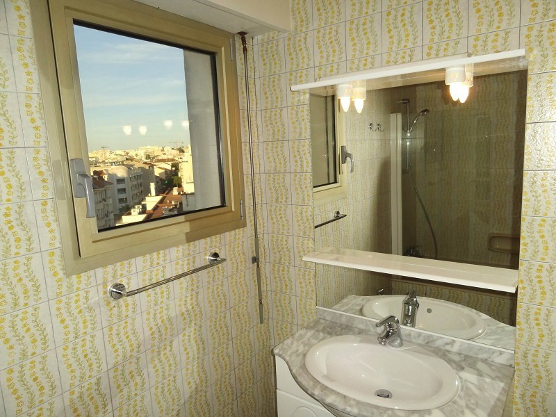 Vente de prestige appartement Juan-les-pins 263000€ - Photo 11