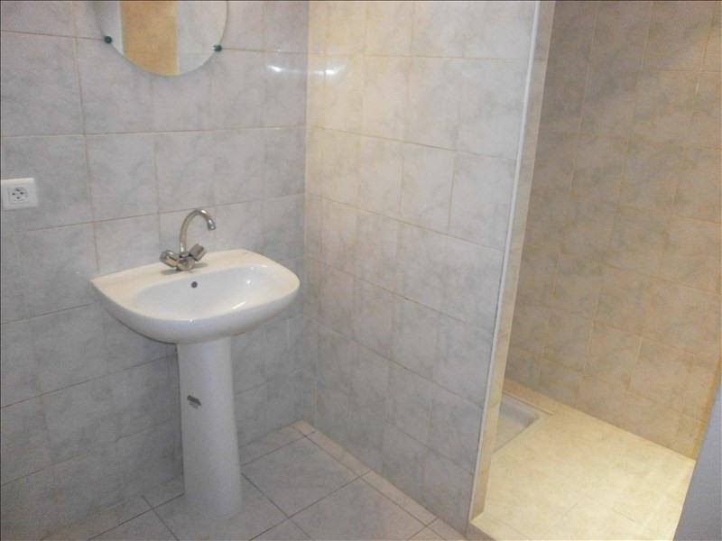 Location appartement St jean brevelay 300€ CC - Photo 3