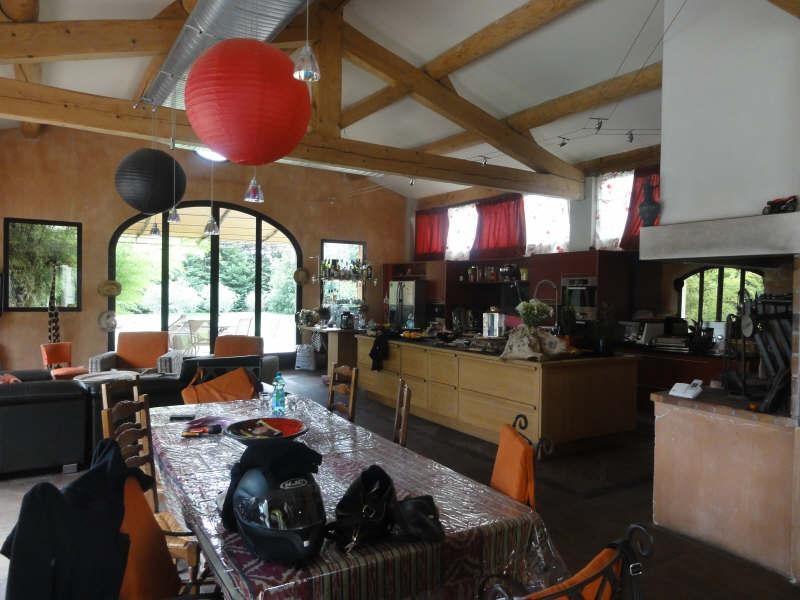 Vente de prestige maison / villa Chateaurenard 790000€ - Photo 4