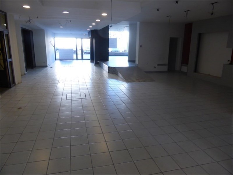 Location local commercial Auxerre 5 000€ HT/HC - Photo 2