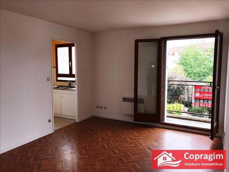 Sale apartment Montereau fault yonne 71800€ - Picture 1