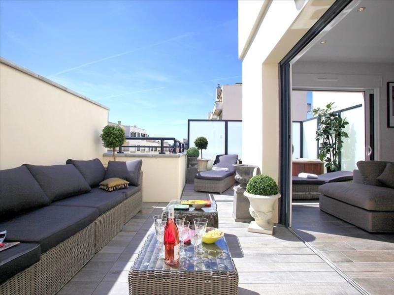 Deluxe sale apartment Biarritz 843000€ - Picture 1