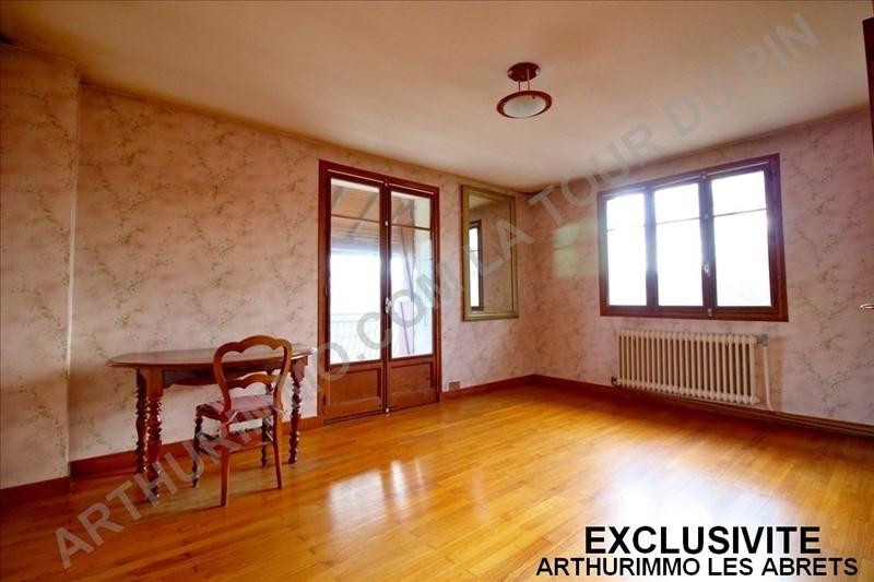 Sale house / villa Le pont de beauvoisin 110000€ - Picture 3