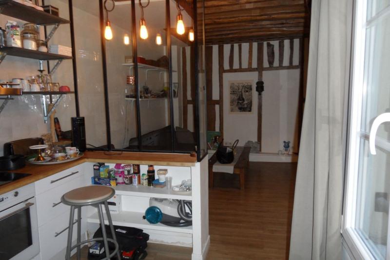 Rental apartment Paris 3ème 1500€ CC - Picture 2