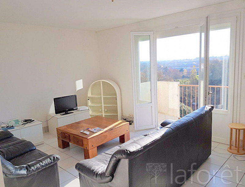 Sale apartment Cholet 51 000€ - Picture 2