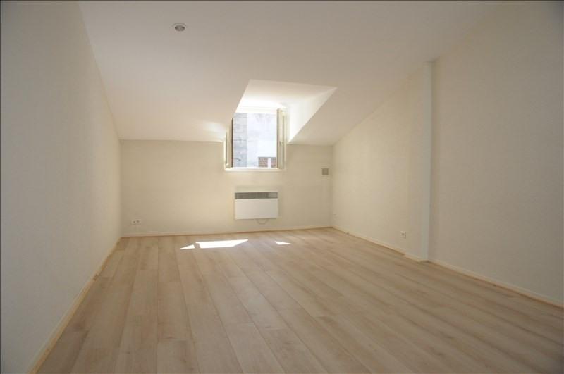 Rental apartment Versailles 860€ CC - Picture 1