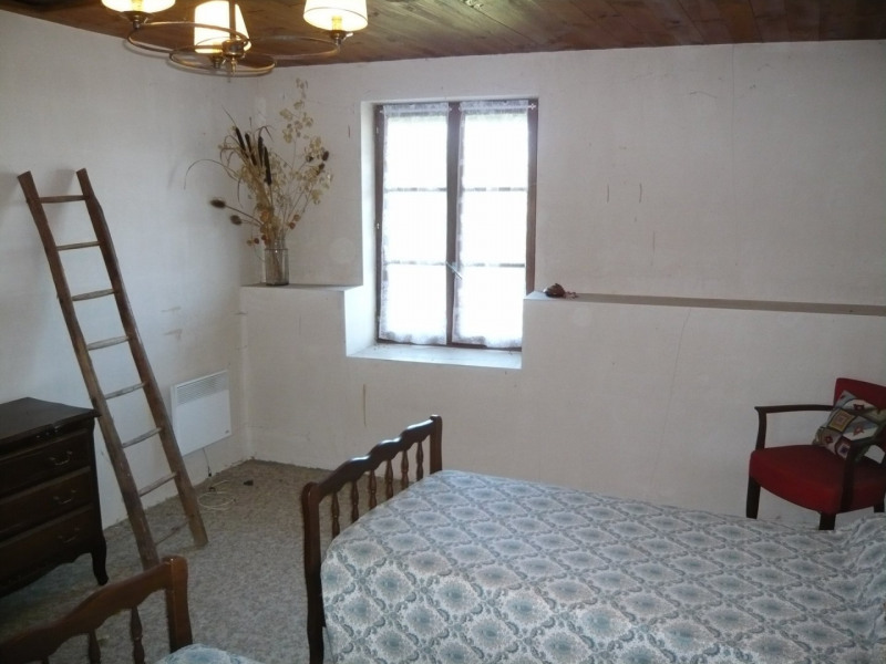 Vente maison / villa Briord 79900€ - Photo 4