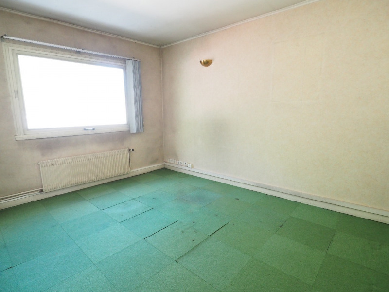Sale office Melun 264 550€ - Picture 5