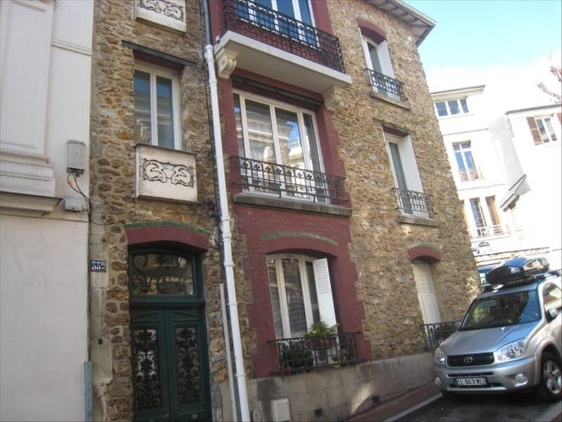 Rental apartment St cloud 1080€ CC - Picture 1