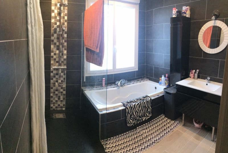 Sale house / villa St clair sur epte 174600€ - Picture 6