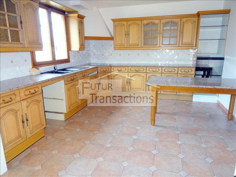 Location maison / villa Trappes 1800€ +CH - Photo 2