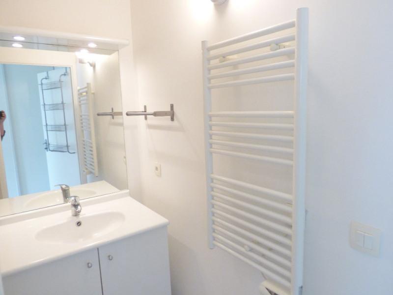 Rental apartment Saint loubes 705€ CC - Picture 7