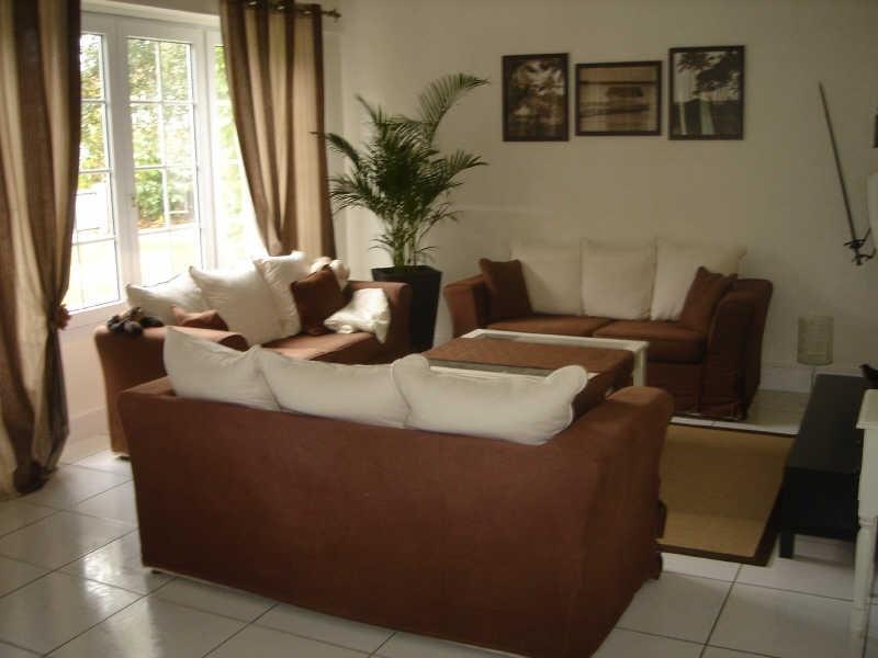 Sale house / villa Cholet 381600€ - Picture 3