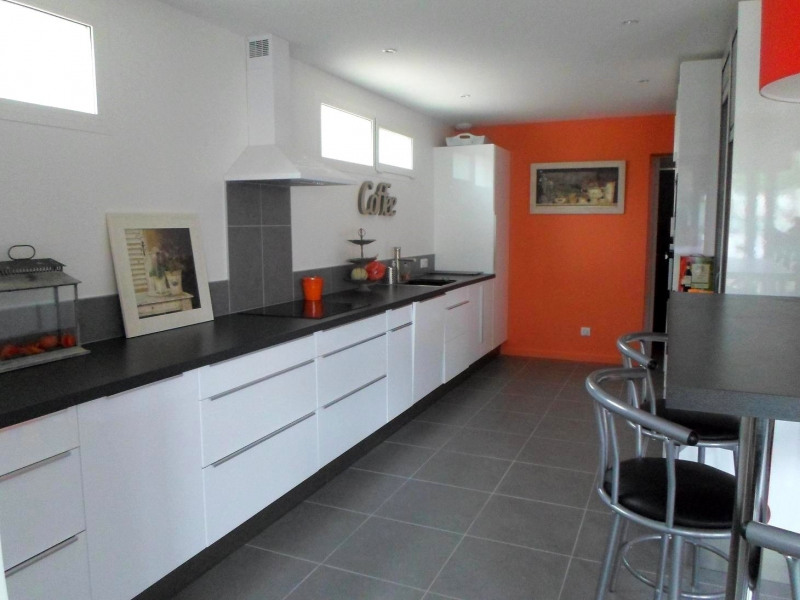 Location vacances maison / villa Saint-palais-sur-mer 3 860€ - Photo 4