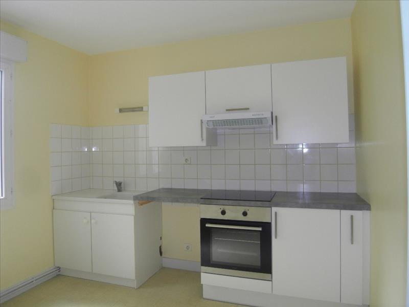 Rental apartment Cognac 608€ CC - Picture 1
