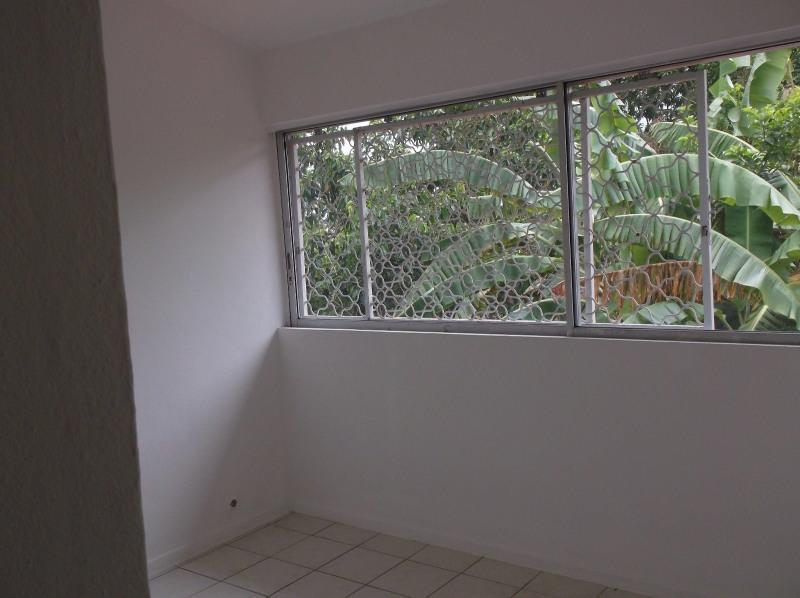 Rental apartment Le gosier 750€ CC - Picture 4
