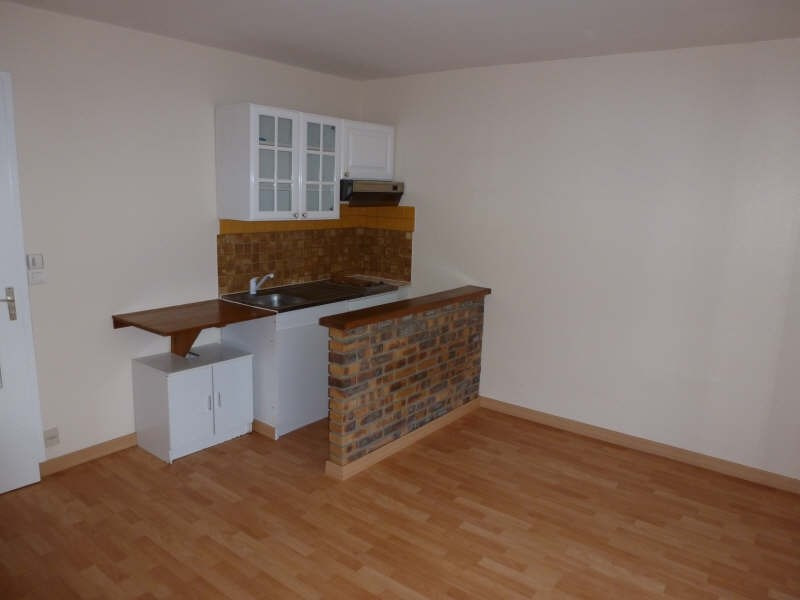 Rental apartment Maurepas 580€ CC - Picture 2