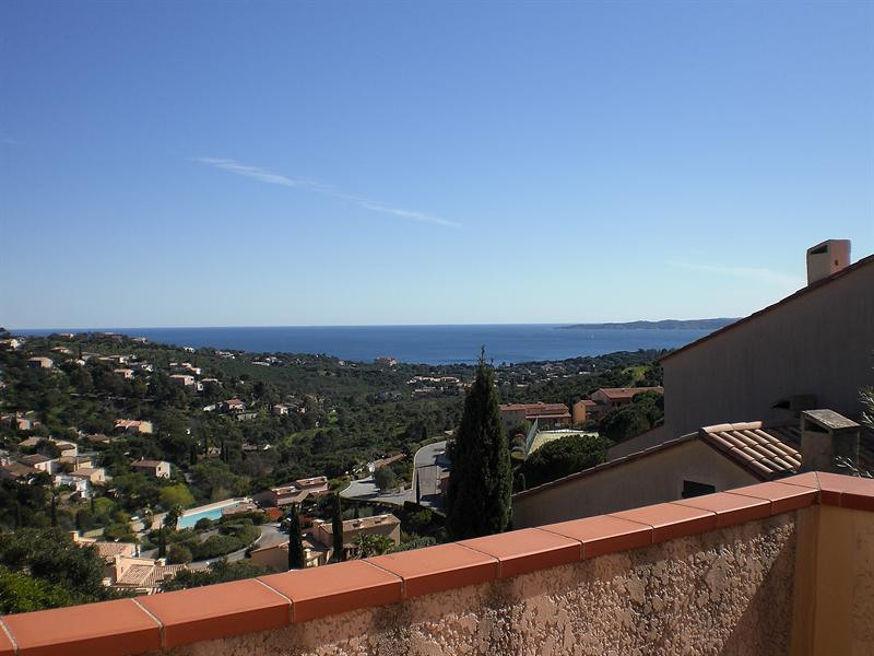 Vacation rental house / villa Les issambres 1 350€ - Picture 4