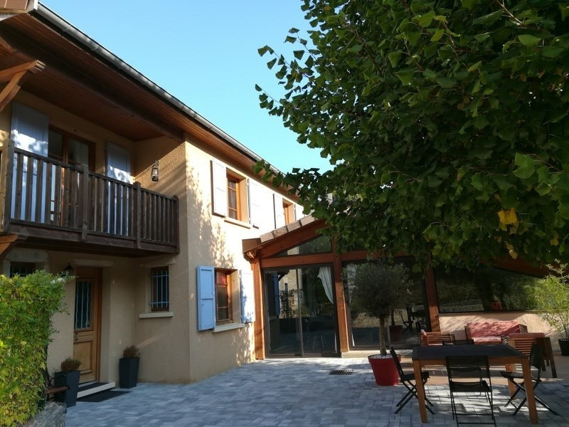 Sale house / villa Bourgoin jallieu 345 000€ - Picture 1