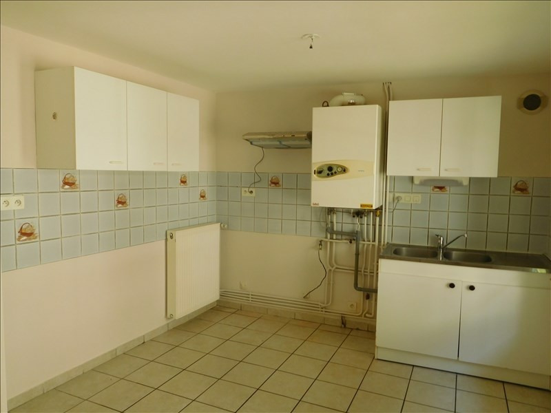Location appartement Coubon 401,79€ +CH - Photo 1