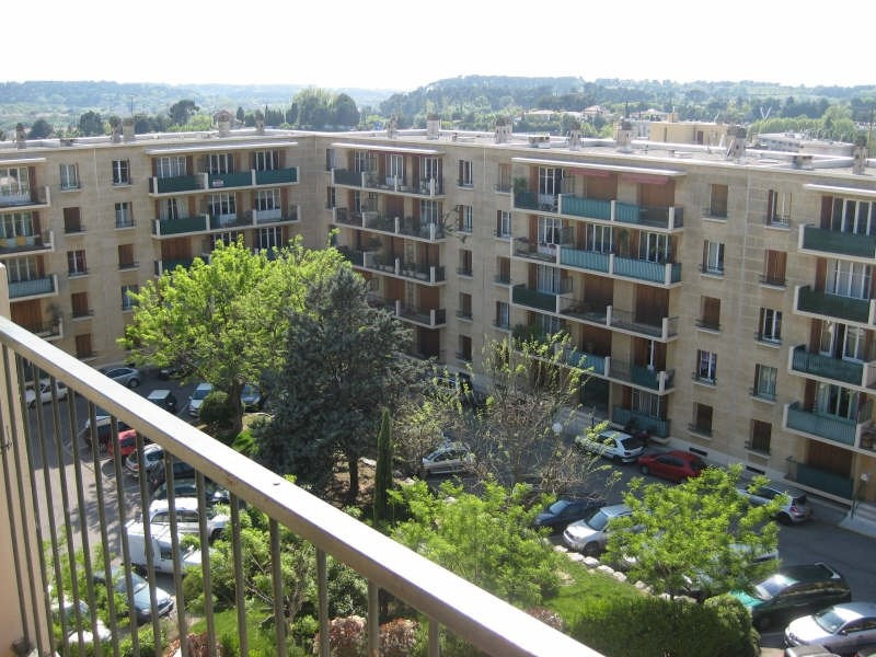 Rental apartment Aix en provence 528€ CC - Picture 1