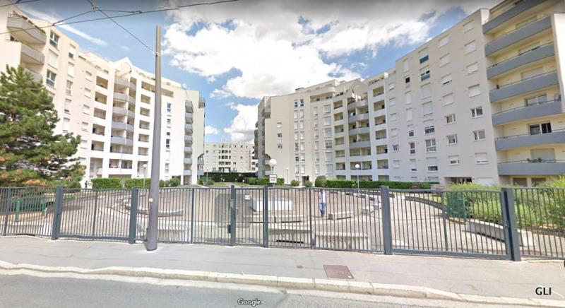 Rental apartment Lyon 3ème 665€ CC - Picture 1