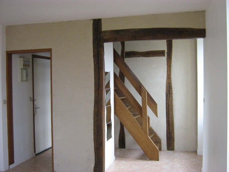 Rental apartment Fourchambault 395€ CC - Picture 1