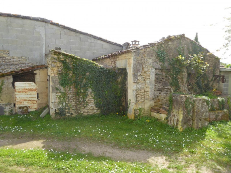 Vente maison / villa Cherves-richemont 96750€ - Photo 18
