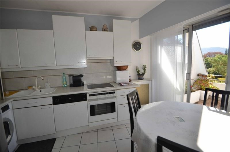 Deluxe sale apartment Annecy 1100000€ - Picture 3
