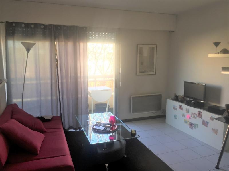 Rental apartment Marseille 5ème 669€ CC - Picture 1