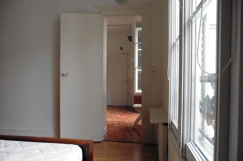 Location appartement Paris 10ème 758€ CC - Photo 6